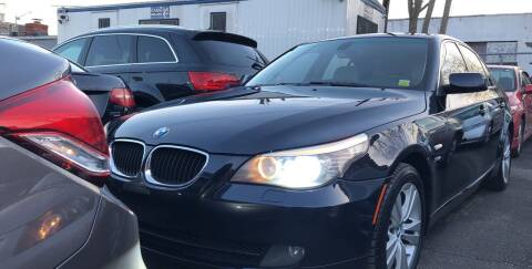 2009 BMW 5 Series for sale at OFIER AUTO SALES in Freeport NY