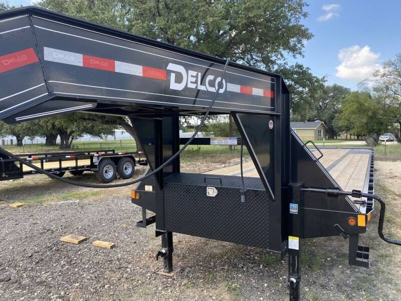 """2021 DELCO - Deckover 102"""" X 40' - M for sale at LJD Sales in Lampasas TX"""