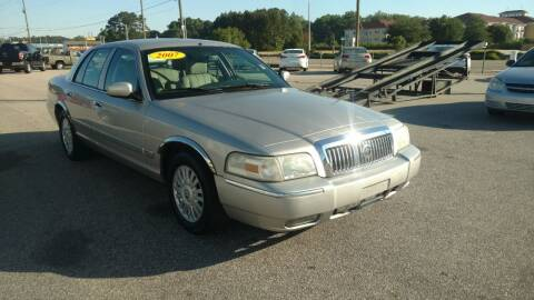 2007 Mercury Grand Marquis for sale at Kelly & Kelly Supermarket of Cars in Fayetteville NC