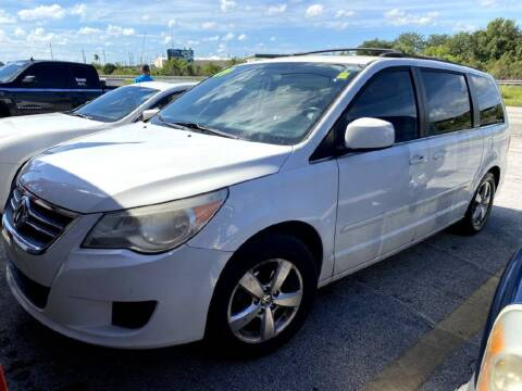 2009 Volkswagen Routan for sale at Lot Dealz in Rockledge FL