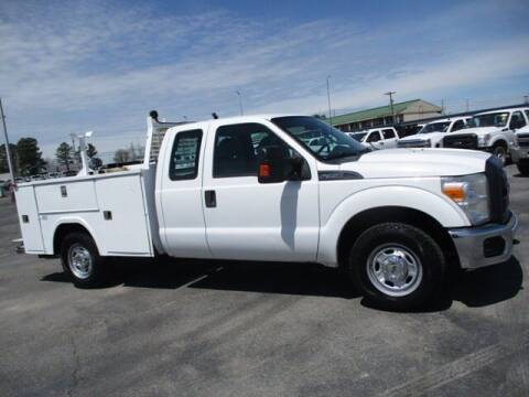 2014 Ford F-350 Super Duty for sale at GOWEN WHOLESALE AUTO in Lawrenceburg TN