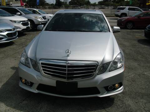 2010 Mercedes-Benz E-Class for sale at SUPERAUTO AUTO SALES INC in Hialeah FL