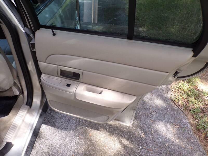 2009 Ford Crown Victoria LX 4dr Sedan - Fruitland Park FL