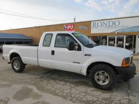 2001 Ford F-350 Super Duty for sale at Rondo Truck & Trailer in Sycamore IL