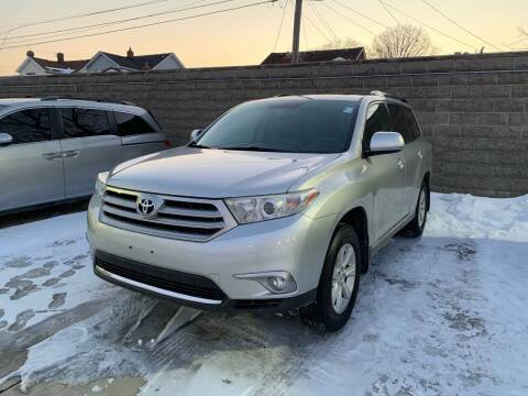 2012 Toyota Highlander for sale at Crooza in Dearborn MI