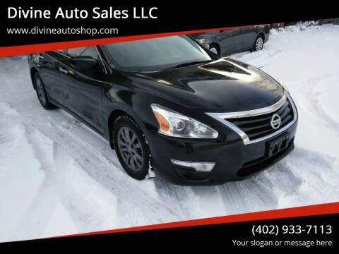 2015 Nissan Altima for sale at Divine Auto Sales LLC in Omaha NE