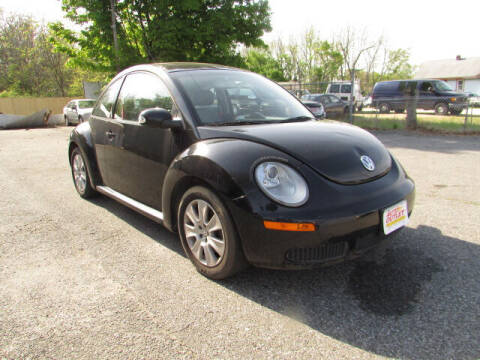 2008 Volkswagen New Beetle for sale at Auto Outlet Of Vineland in Vineland NJ