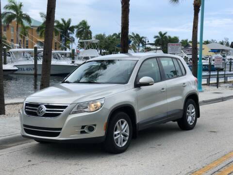 2011 Volkswagen Tiguan for sale at L G AUTO SALES in Boynton Beach FL