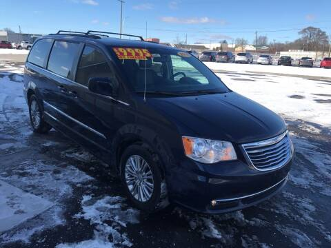 2016 Chrysler Town and Country for sale at Suarez Auto Sales in Port Huron MI