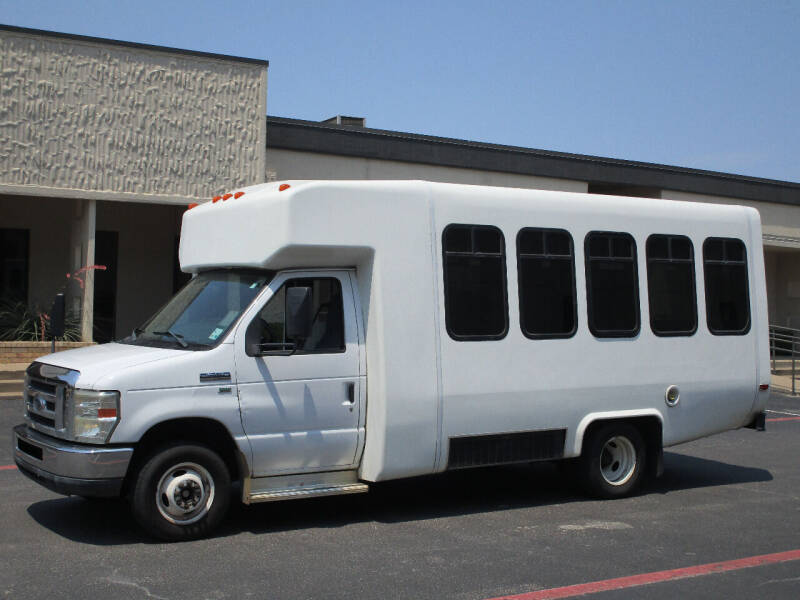 2011 Ford E-Series Chassis E-350 SD 2dr Commercial/Cutaway/Chassis 138-176 in. WB - Dallas TX