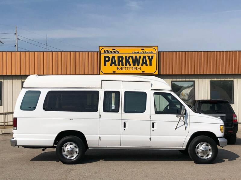 1995 Ford E-350 for sale at Parkway Motors in Springfield IL