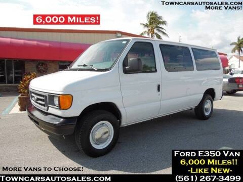 2006 Ford E-Series Wagon for sale at Town Cars Auto Sales in West Palm Beach FL