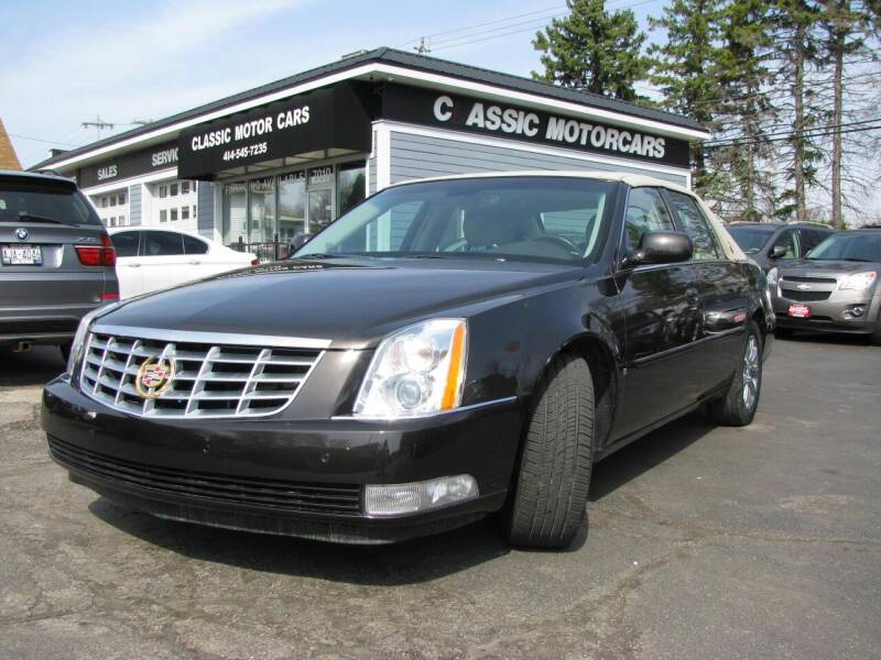 2008 Cadillac DTS for sale at CLASSIC MOTOR CARS in West Allis WI