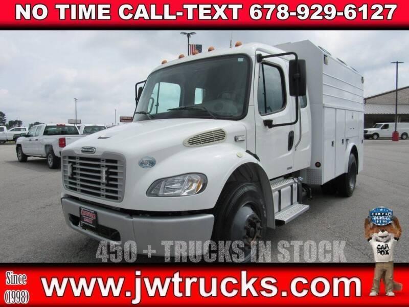 2011 Freightliner M2 106 for sale in Oakwood, GA