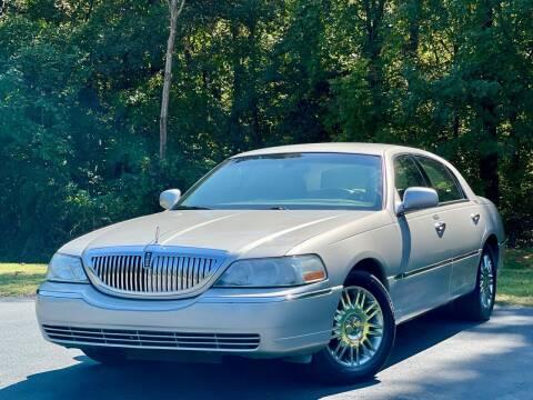 2008 Lincoln Town Car for sale at Sebar Inc. in Greensboro NC