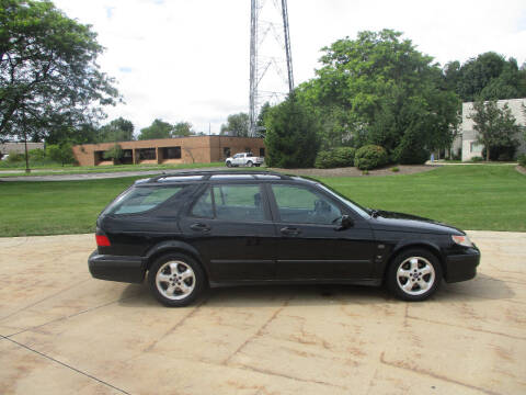 2001 Saab 9-5 for sale at Lease Car Sales 2 in Warrensville Heights OH
