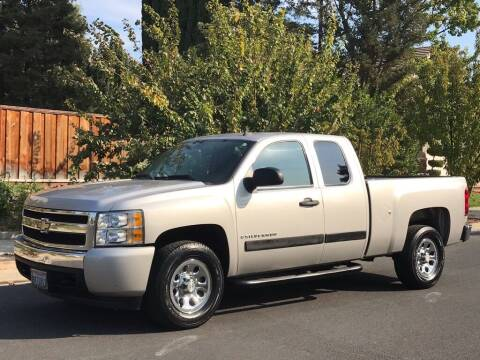 2007 Chevrolet Silverado 1500 for sale at California Diversified Venture in Livermore CA