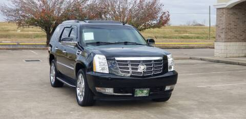 2011 Cadillac Escalade Hybrid for sale at America's Auto Financial in Houston TX