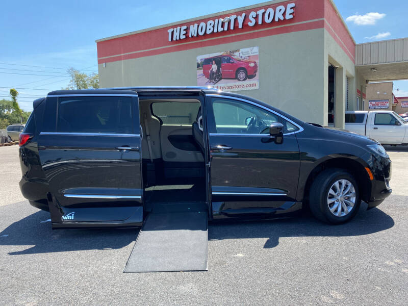 2019 Chrysler Pacifica for sale at The Mobility Van Store in Lakeland FL