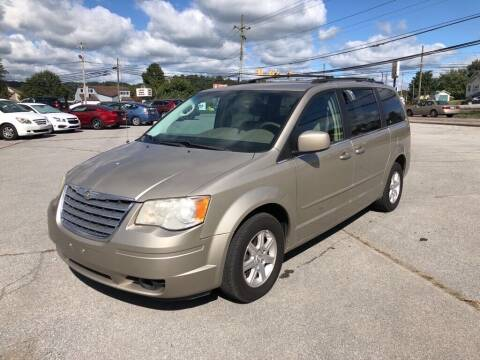 2008 Chrysler Town and Country for sale at Carl's Auto Incorporated in Blountville TN
