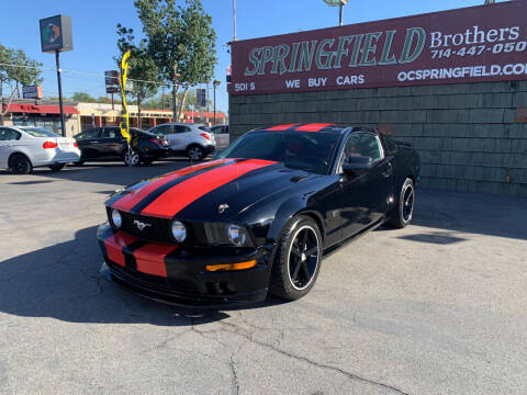 2005 Ford Mustang for sale at SPRINGFIELD BROTHERS LLC in Fullerton CA