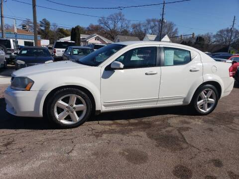 2008 Dodge Avenger for sale at RIVERSIDE AUTO SALES in Sioux City IA