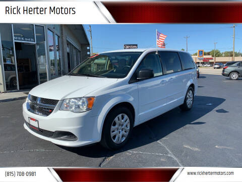 2016 Dodge Grand Caravan for sale at Rick Herter Motors in Loves Park IL