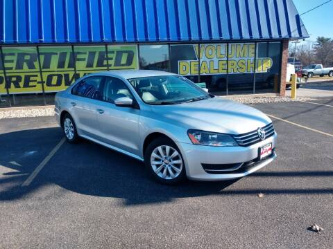 2014 Volkswagen Passat for sale at CITY SELECT MOTORS in Galesburg IL