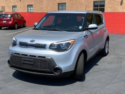 2015 Kia Soul for sale at CARSTER in Huntington Beach CA