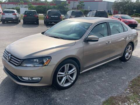 2015 Volkswagen Passat for sale at EXECUTIVE CAR SALES LLC in North Fort Myers FL