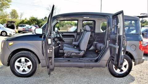 2003 Honda Element for sale at PINNACLE ROAD AUTOMOTIVE LLC in Moraine OH