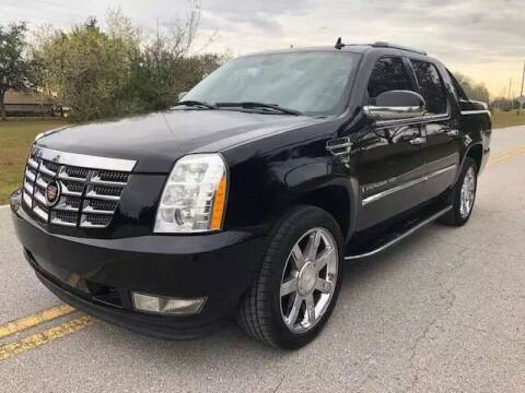 2008 Cadillac Escalade EXT for sale at CLEAR SKY AUTO GROUP LLC in Land O Lakes FL