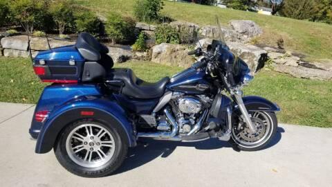2013 Harley-Davidson FLHTCUTG for sale at HIGHWAY 12 MOTORSPORTS in Nashville TN