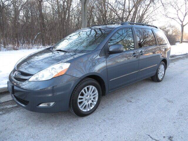 2010 Toyota Sienna for sale at EZ Motorcars in West Allis WI