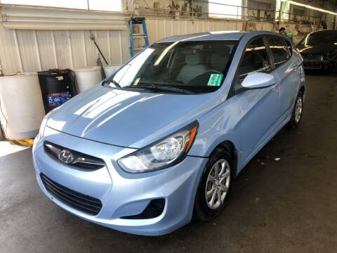 2014 Hyundai Accent for sale at Doug Dawson Motor Sales in Mount Sterling KY