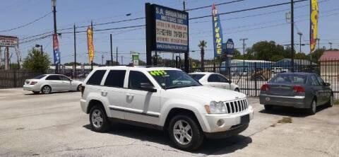 2007 Jeep Grand Cherokee for sale at S.A. BROADWAY MOTORS INC in San Antonio TX