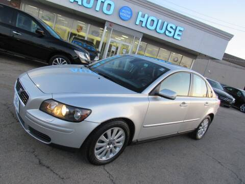 2004 Volvo S40 for sale at Auto House Motors in Downers Grove IL