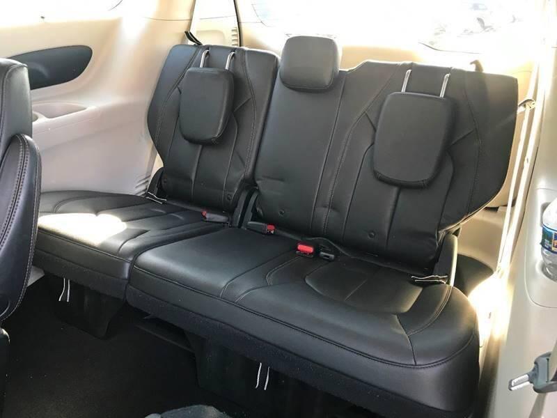 2017 Chrysler Pacifica Touring-L 4dr Mini-Van - Newark NJ