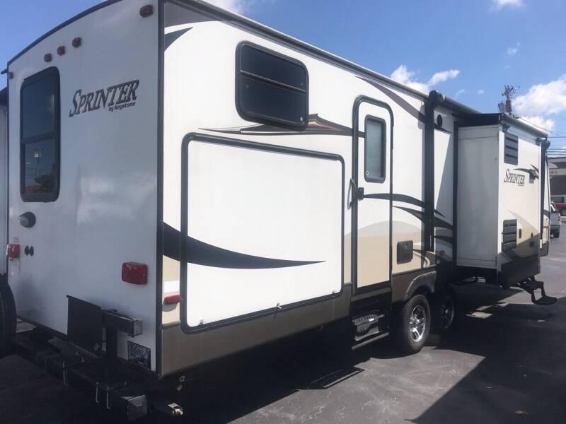 2013 Keystone Sprinter for sale at Blue Bird Motors in Crossville TN