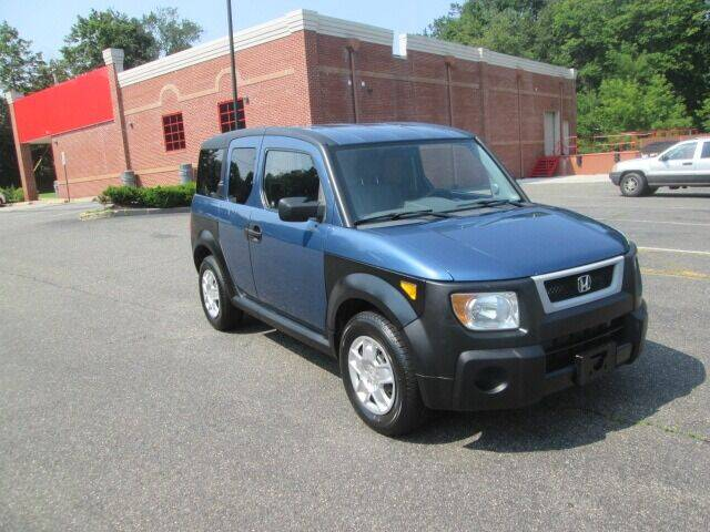 2006 Honda Element for sale at Tri Town Truck Sales LLC in Watertown CT