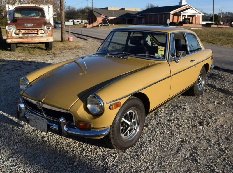 1973 MG B for sale at Pat's Auto Sales in Pilot Point TX