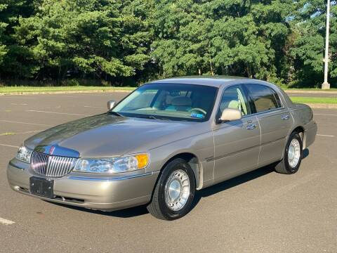 2002 Lincoln Town Car for sale at P&H Motors in Hatboro PA