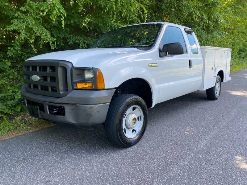 2005 Ford F-250 Super Duty for sale at Lenoir Auto in Lenoir NC