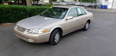 2000 Toyota Camry for sale at Kingz Auto LLC in Portland OR