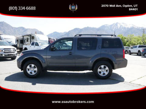 2011 Nissan Pathfinder for sale at S S Auto Brokers in Ogden UT