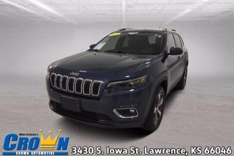 2020 Jeep Cherokee for sale at Crown Automotive of Lawrence Kansas in Lawrence KS