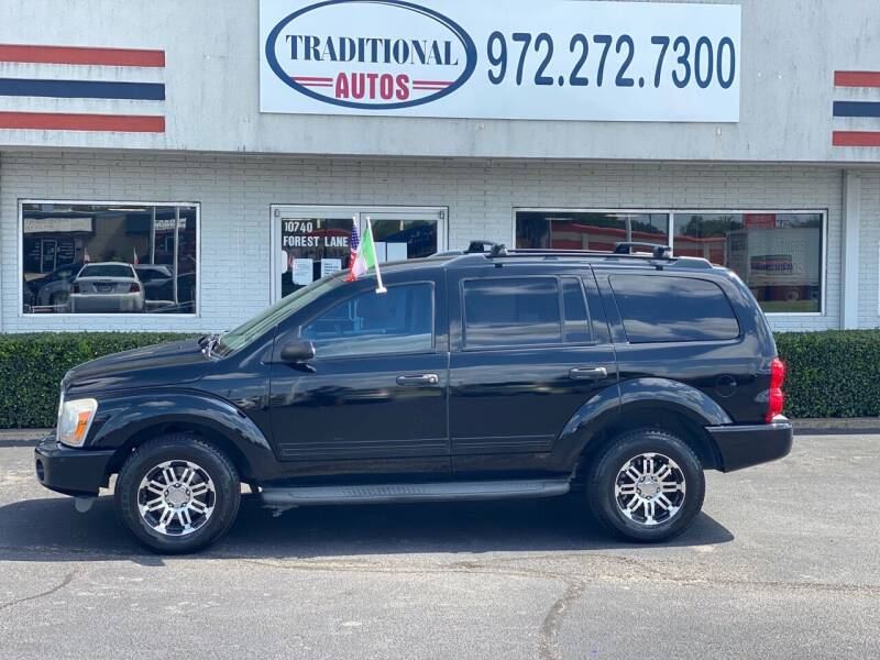 2004 Dodge Durango for sale at Traditional Autos in Dallas TX