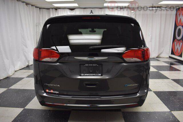 2018 Chrysler Pacifica Hybrid Touring Plus 4dr Mini-Van - Chillicothe MO