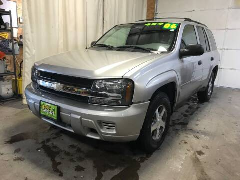 2006 Chevrolet TrailBlazer for sale at Frogs Auto Sales in Clinton IA