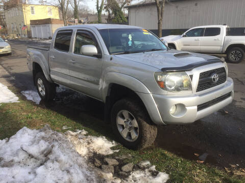 2011 Toyota Tacoma for sale at UNION AUTO SALES in Vauxhall NJ